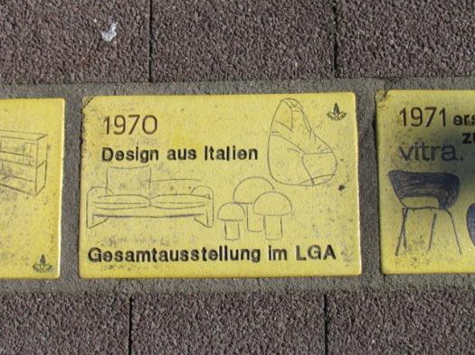 Fliese 237 - Karlsruher Sonnenfächer - 1970 - Ausstellung Design aus Italien