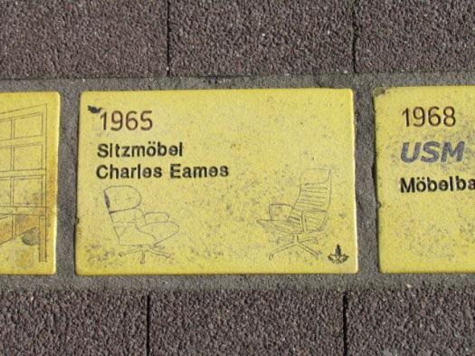 Fliese 35 - Karlsruher Sonnenfächer - Sitzmoebel Charles Eames