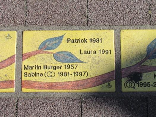 Fliese 261 - Karlsruher Sonnenfächer - Stammbaum Burger